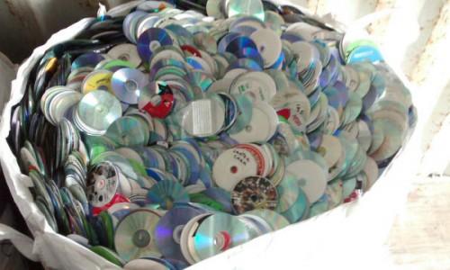 Plastic PC CD DVD SCRAP